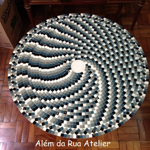 Mesa de mosaico - espiral