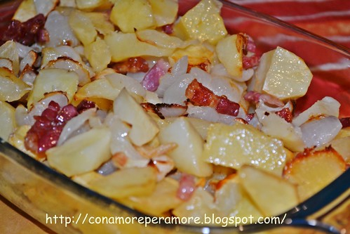 Patate cipolle e pancettina