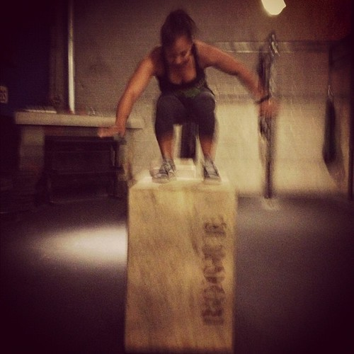 Conquered the 30in box during warmups. Next up: plates! #crossfit