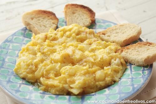 Revuelto de cebolla y queso (11)