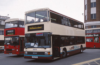Reading Buses Optare Spectra YE52FHG, Surbiton Station 2003 (c) David Bell