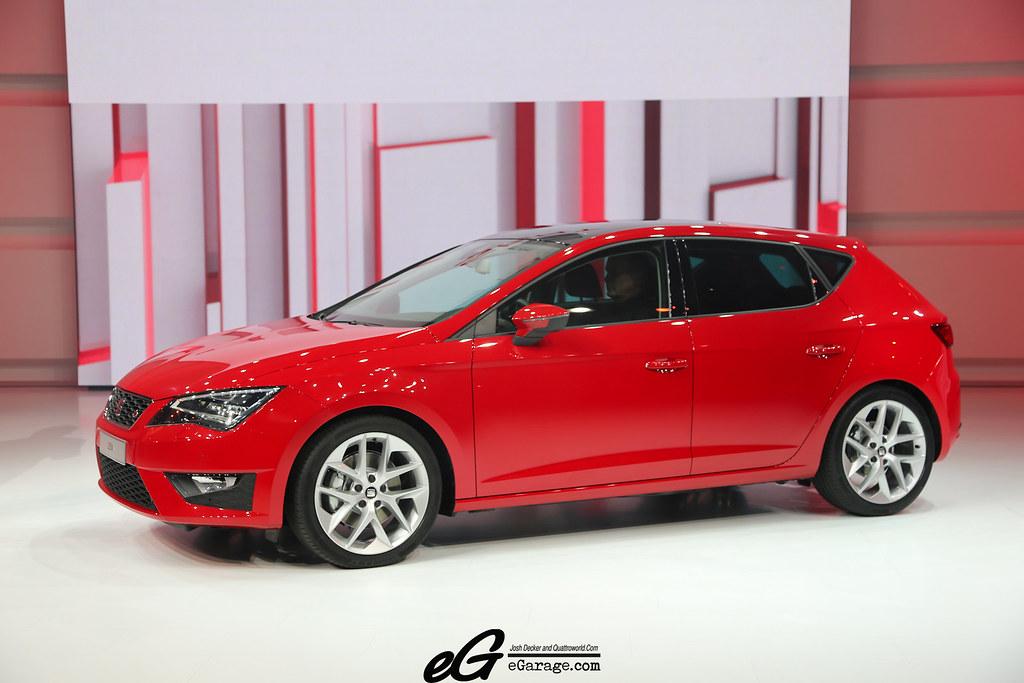 8030390221 95bc94e686 b 2012 Paris Motor Show