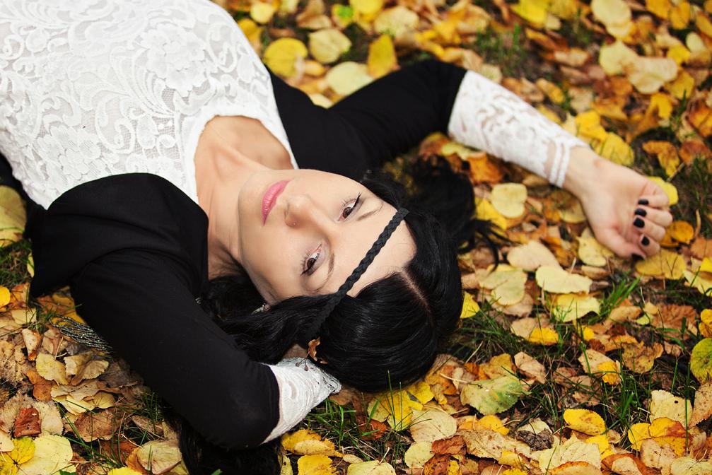 фотосессия девушки, фото осеннее, фотосет на природе, фотограф Новосибирск, kseniabur.com