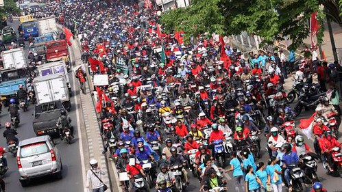 Thousands take to the streets in Indonesia during a one day general strike on October 3, 2012. Workers are demanding better salaries. by Pan-African News Wire File Photos