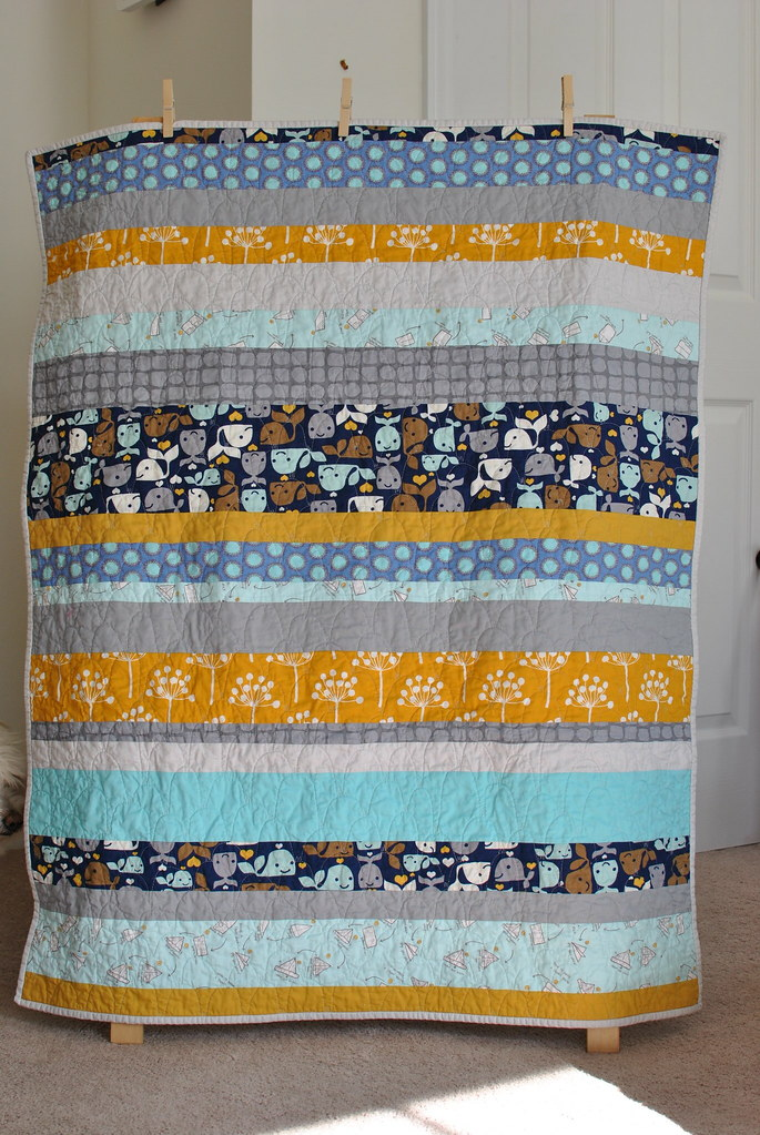 Baby Whales Quilt - front