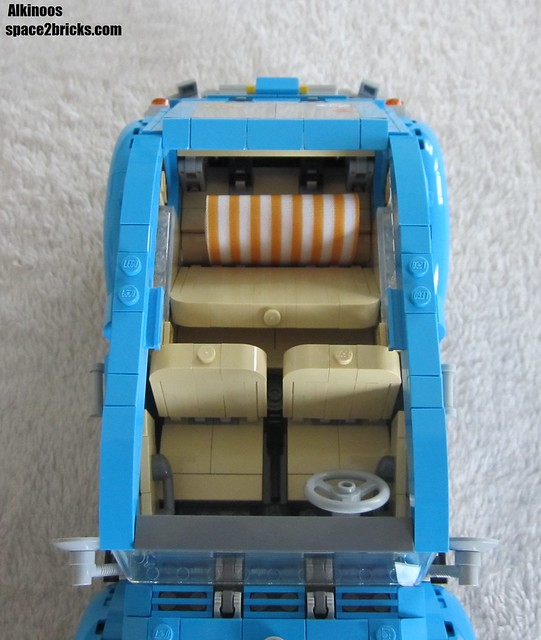 Lego 10252 p18