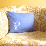 Lace Monogram Sunprint Pillow Tutorial by Fabric Paper Glue