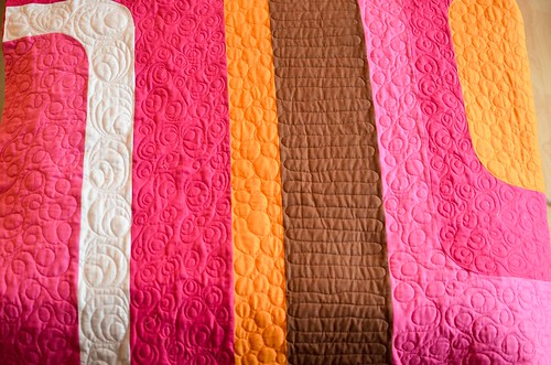 groove quilt - quilted!