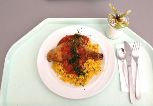 Hähnchenkeule mit Paprikasauce / Chicken leg with paprika sauce