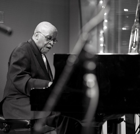 Junior Mance BL