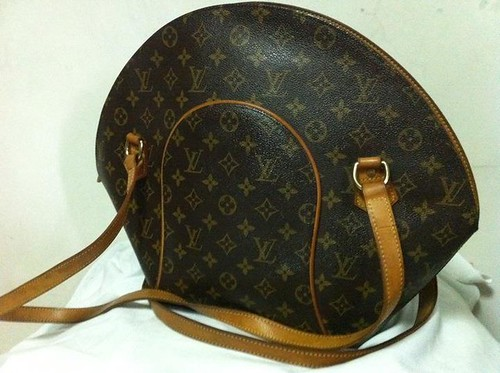 LV ELLIPSE LONG HANDLE 22K