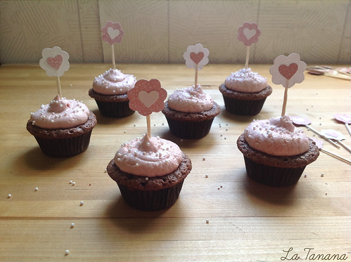 Minicupcakes de chocolate y crema de fresa