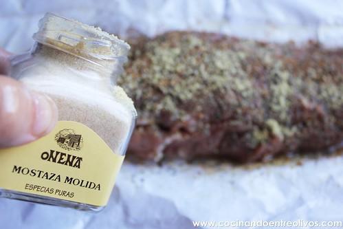 Tostas de solomillo a la sal con queso y naranja confitada (4)
