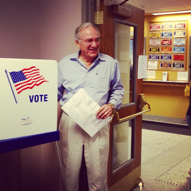 Senator Harkin voting early!