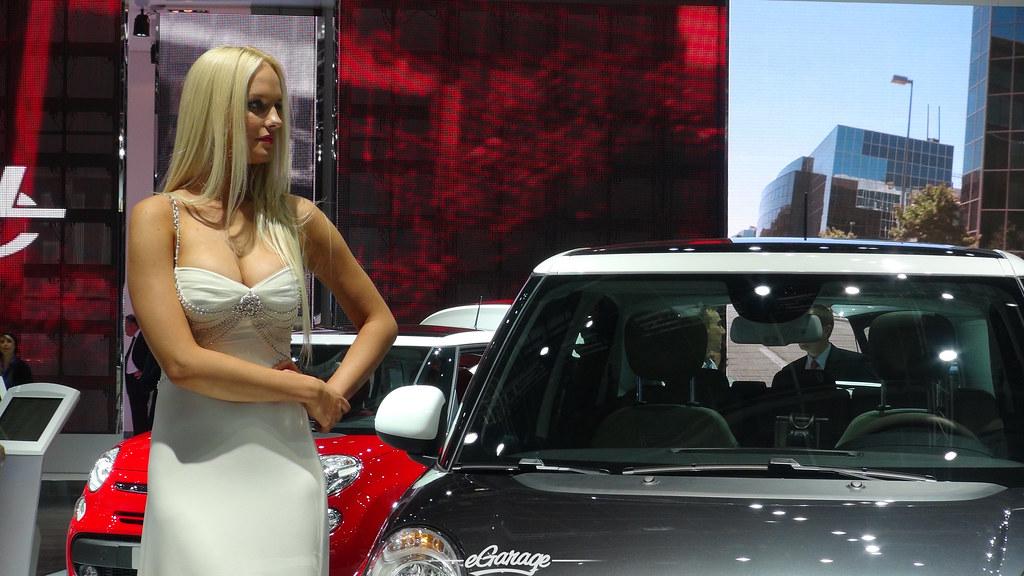 8034747185 bdbefb8e70 b eGarage Paris Motor Show Fiat Model
