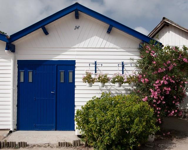 C 39 est une maison bleue flickr photo sharing - Chanson une maison bleue ...