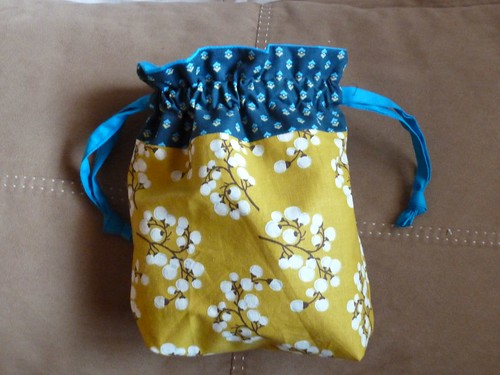 Sewing FO!: Lined Drawstring Bag | jill & jill