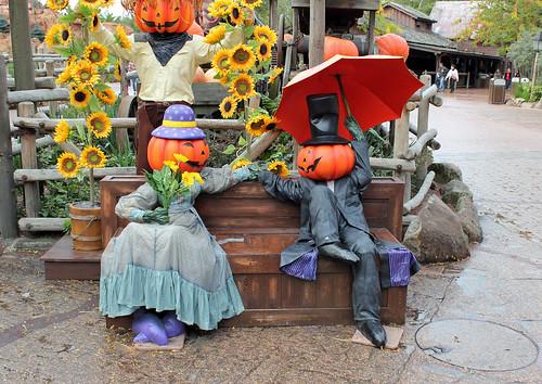 Pumpkin couple