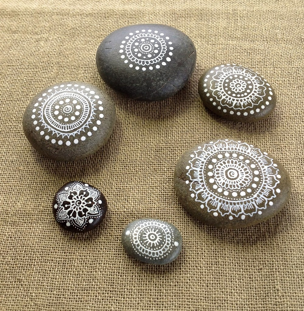 Mandala Pebbles
