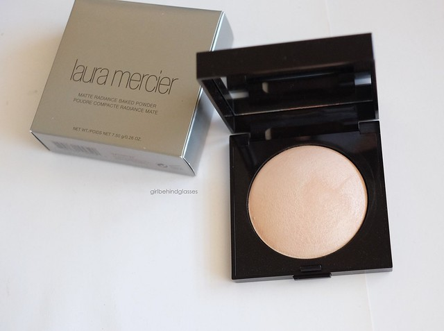 Laura Mercier Matte Radiance Baked Powder Highlight-01