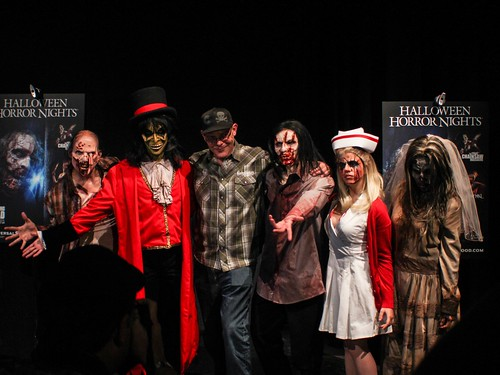 halloween horror nights 2012 kicks off on september 21 at universal studios hollywood - Universal Halloween Night