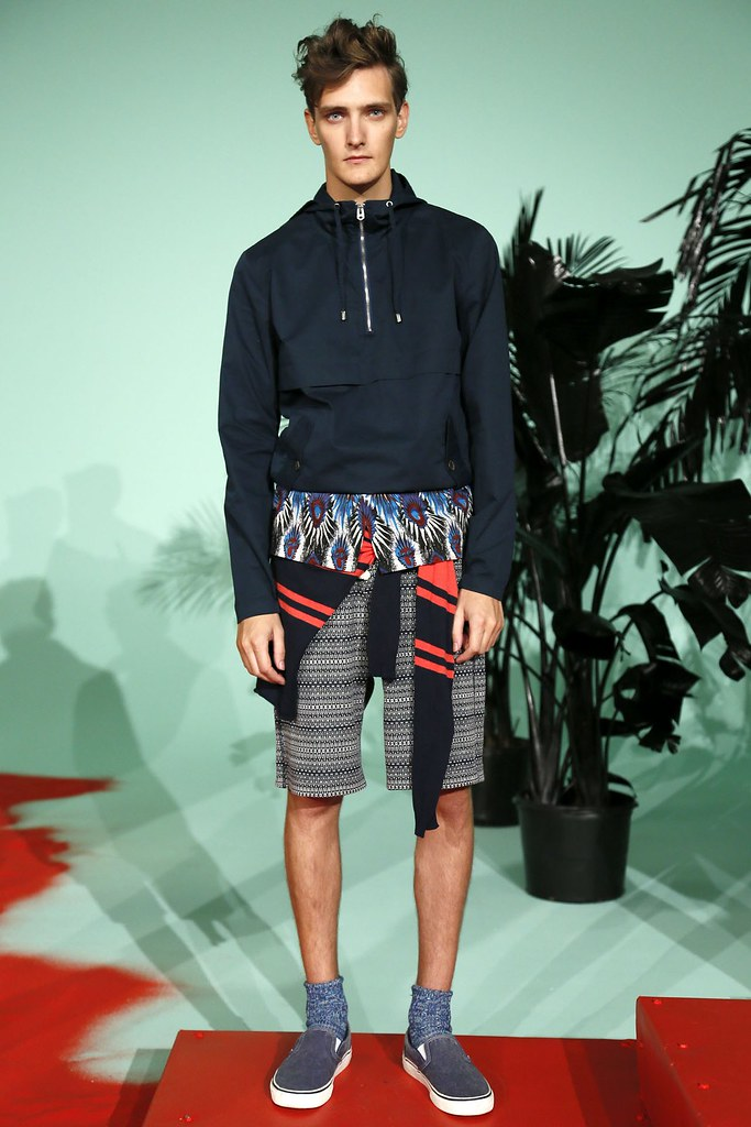 SS13 NY Shades of Grey009_Yannick Abrath(VOGUE)