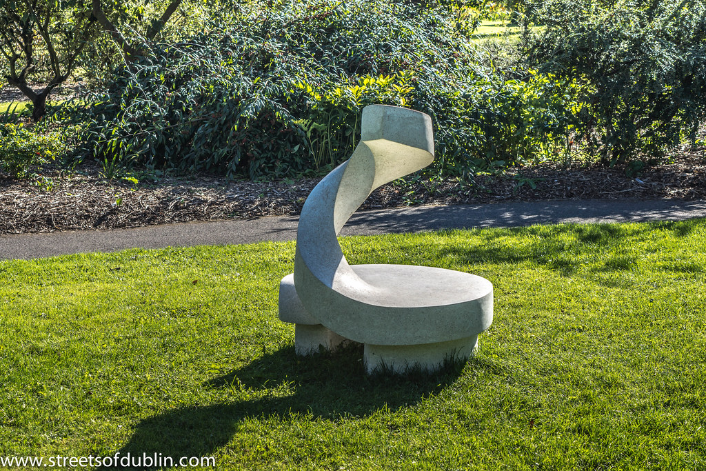 Growth Spiral by Ken Drew: Sculpture In Context 2012 at the National Botanic Gardens