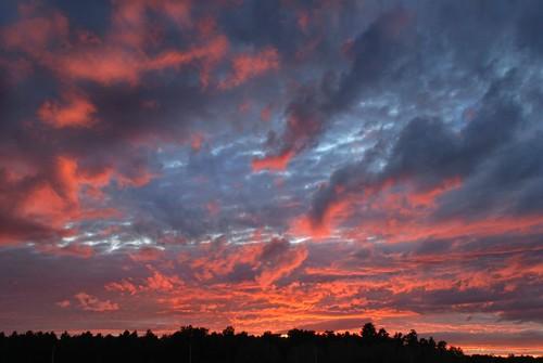 sunsetredbluepink purplevioletperfectdaycolorfulcolorssky nynewyorkgreenwichwashingtoncountywindyhillroad