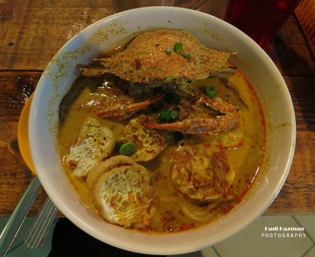 Curry crab noodle