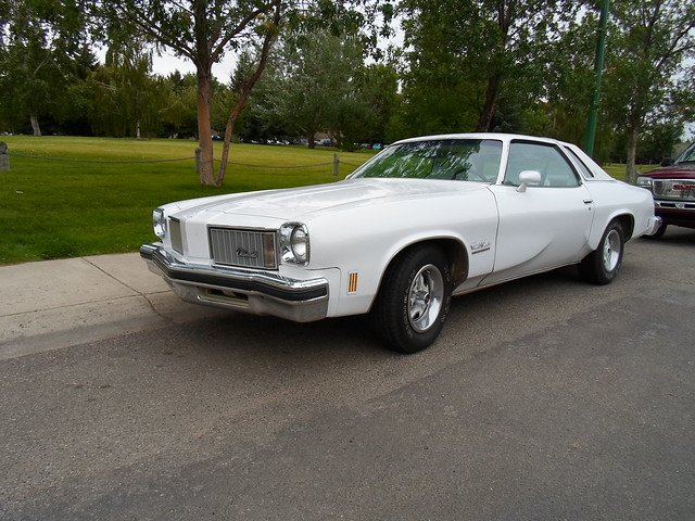 1975 oldsmobile cutlass salon flickr photo sharing for 1975 oldsmobile cutlass salon