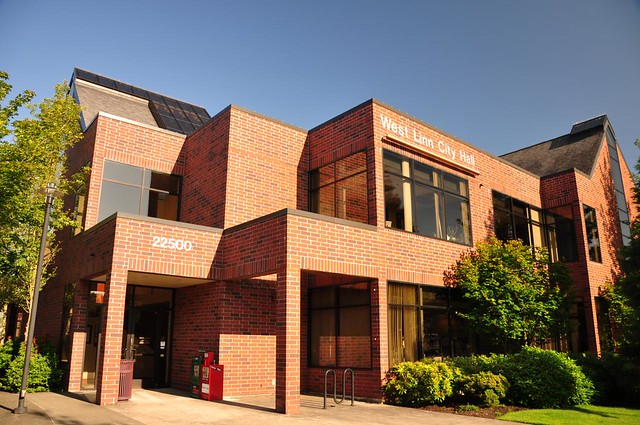 New West Linn City Hall