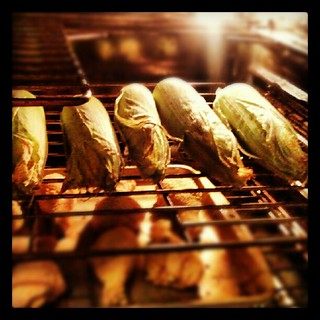Roasting #corn in the oven for the first time. OMG does it smell #sodelicious  #cornoncob #veggies #yumo #food #dinner