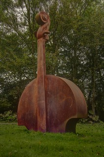 80/366 - Playing the big cello