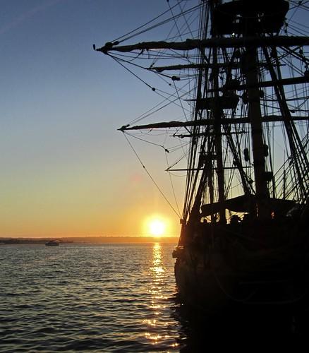 sunset ship sandiego maritimemuseum masterandcommander