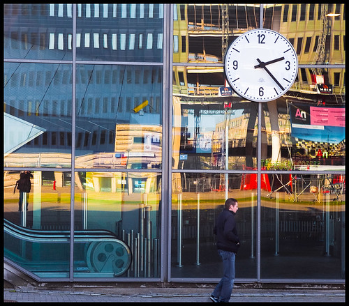 Station Bijlmer by hans van egdom