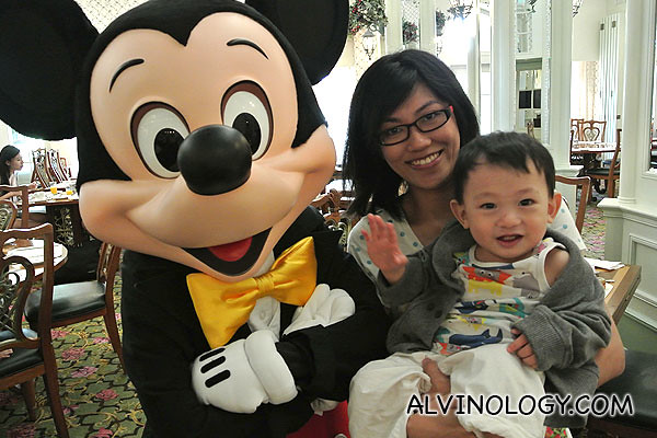Rachel and Asher meets Mickey Mouse