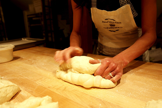 shaping baguette