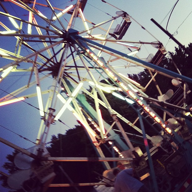 Light (ferris wheel) #photoadayagl