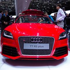executive car(0.0), wheel(0.0), audi r8(0.0), automobile(1.0), automotive exterior(1.0), audi(1.0), vehicle(1.0), automotive design(1.0), auto show(1.0), grille(1.0), audi tt(1.0), bumper(1.0), land vehicle(1.0), luxury vehicle(1.0), sports car(1.0),
