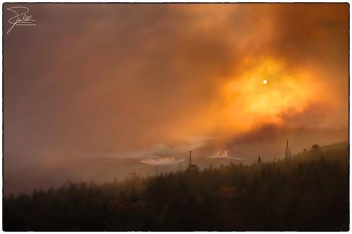 clouds sunrise canon unitedstates northcarolina f11 appalachianmountains 1635 pisgahnationalforest mountmitchellstatepark ef1635mmf28liiusm canonef1635mmf28lii canoneos5dmarkii eskota mtmitchellsummittrail