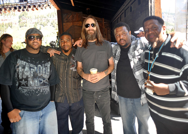 The Lee Boys chillin with Chris Robinson