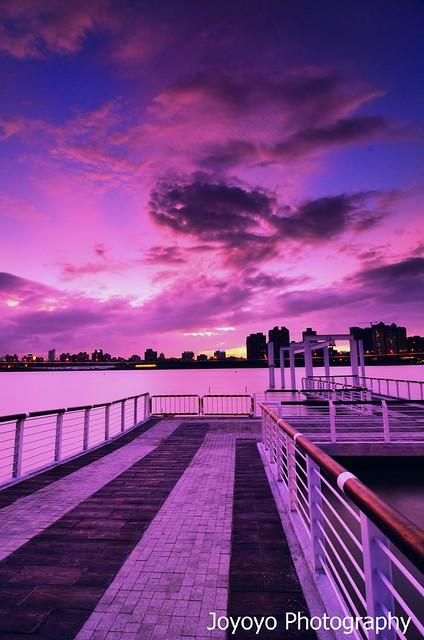 日落霞光 大稻埕碼頭