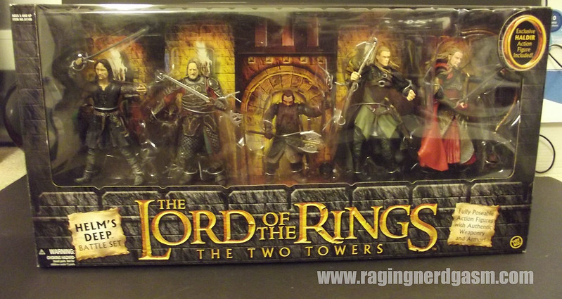 The Lord of the Rings Gift Set The two towers Helm's Deep Battle Set by ToyBiz014