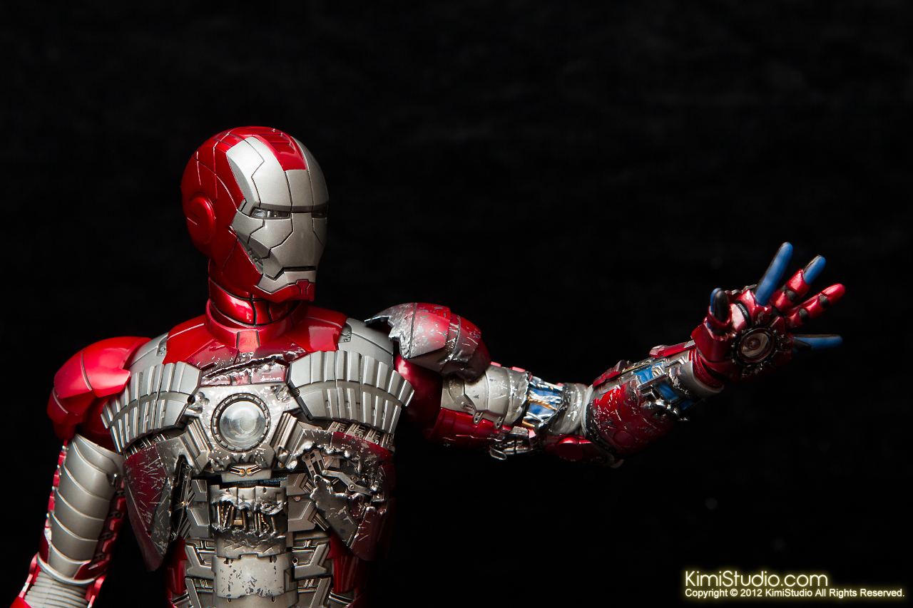 2012.09.01 Hot Toys Iron Man Mark V-025