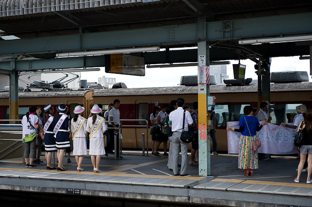 桐生駅 ローズクイーン