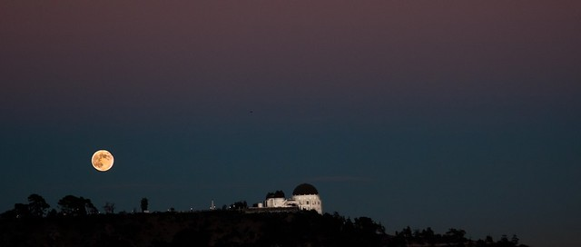 the blue moon rising friday night over griffith park observatory