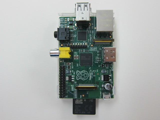 Raspberry Pi - Clear Case - Half Open