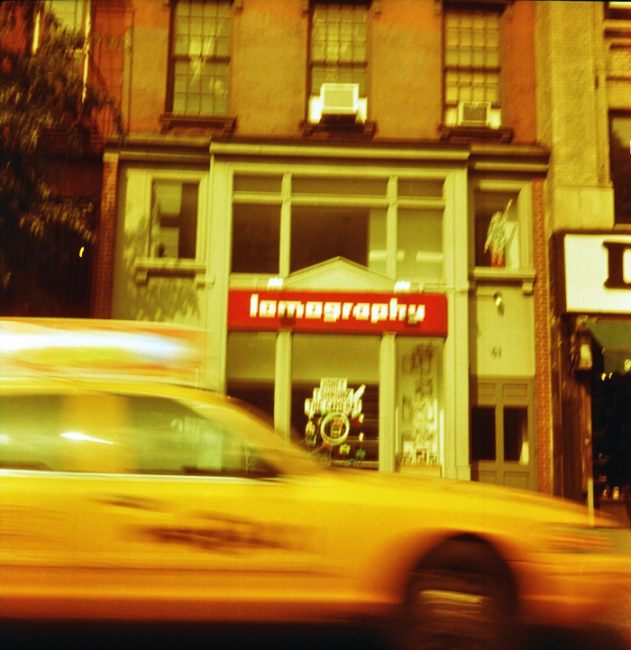 NYC // Redscale Flexaret