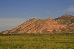 prairie, agriculture, steppe, horizon, field, soil, mountain, valley, spoil tip, plain, hill, geology, natural environment, fell, terrain, landscape, badlands, rural area, rock, grassland, mountainous landforms,