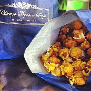 Chicago Popcorn Shop. Almond Cashew Krisp popcorn. Mmmmmmm.